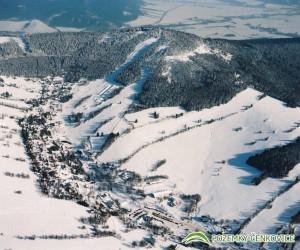 Pozemky Čenkovice - letecký snímek, skiareál
